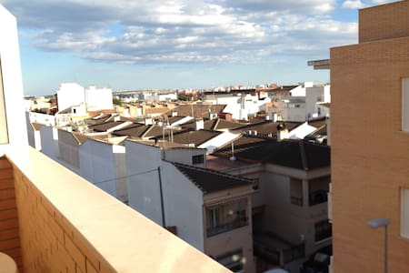 Rooftop Pool Apartment - Los Montesinos - 公寓