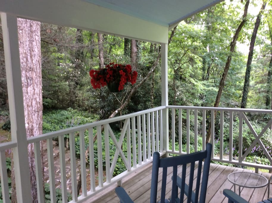 private deck with rockers