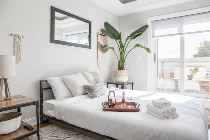 Luxury Hideaway - Urban Paradise Suite