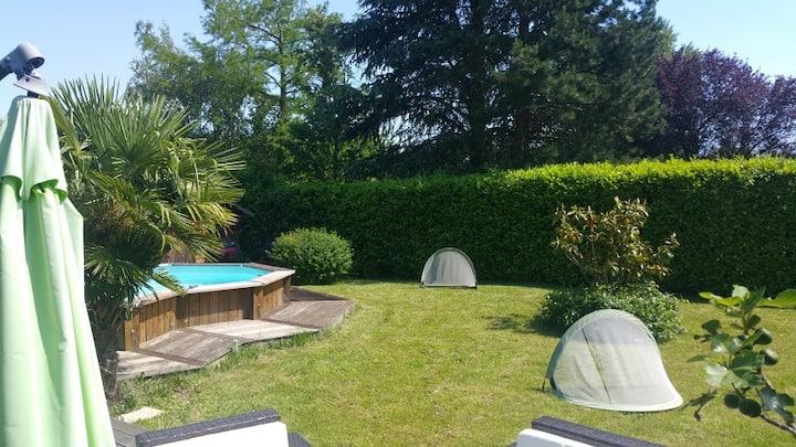Maison plain pied avec piscine privée - 8 pers