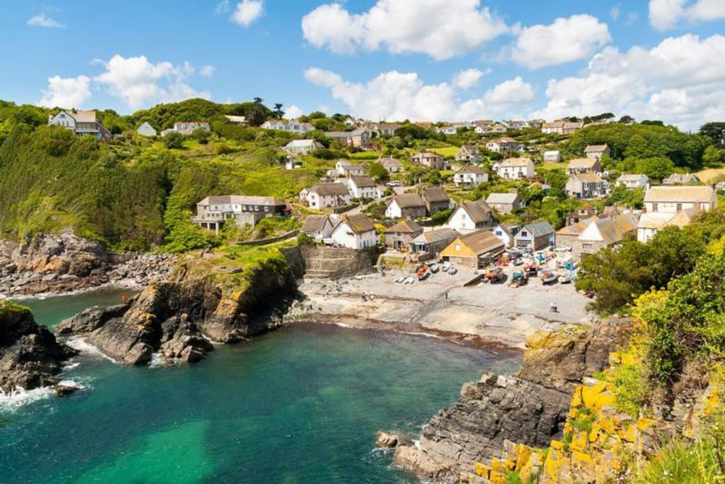 cagdwith cove cornwall best villages