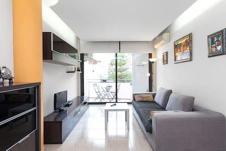Apartamento en la Playa con wifi - Canet de Mar - Pis
