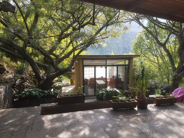 Casa de Campo en la Montaña (10 min Tlayacapan)