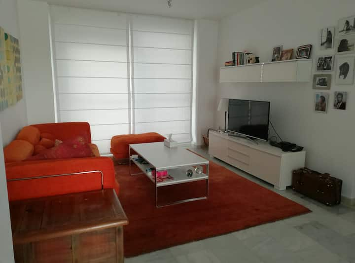 Habitación privada en UrbAnización Roquetas de Mar