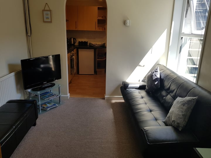 Holiday Flat in Weymouth, Dorset - 100m from beach
