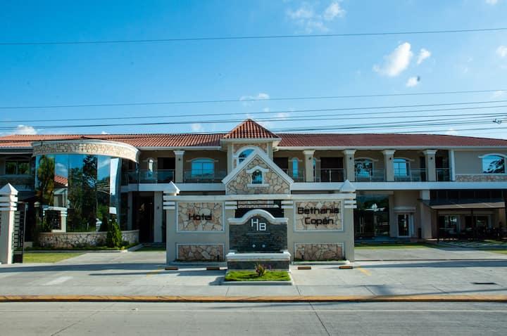 Descubre Hotel Bethania Copan