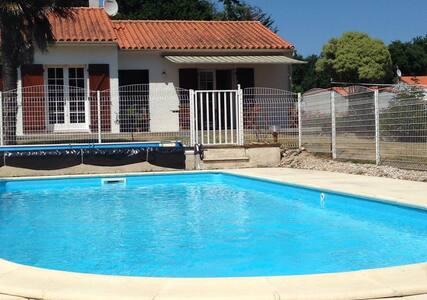 Belle maison avec piscine - Talmont-Saint-Hilaire
