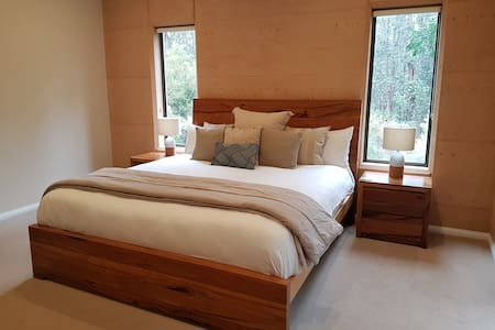 Luxury King Size Bedroom with gorgeous Marri furniture