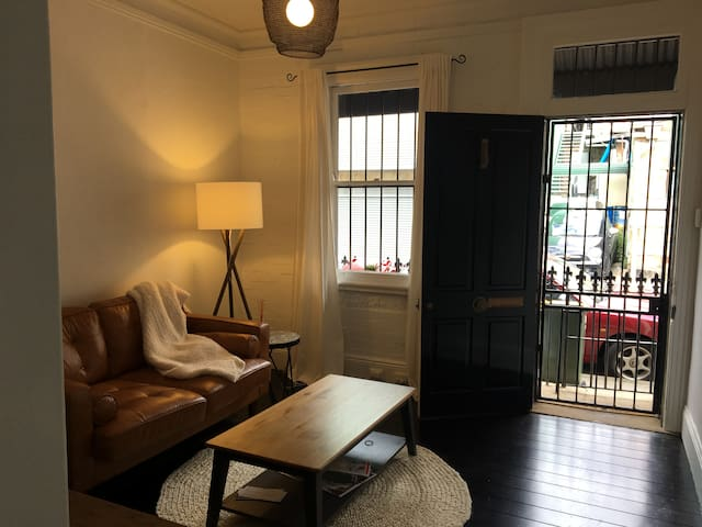 Private room in the heart of Paddington