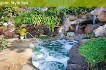 More resort pics at http://hanaleibayresort.com