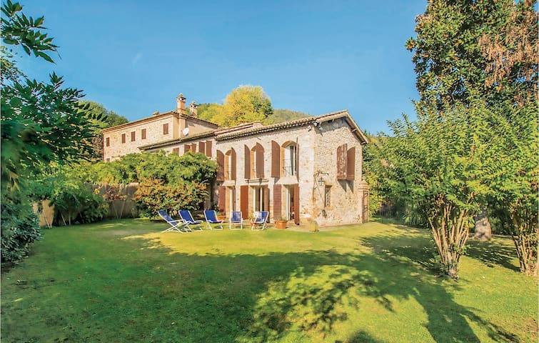 Semi-Detached with 2 bedrooms on 140m² in Galzignano Terme (PD)