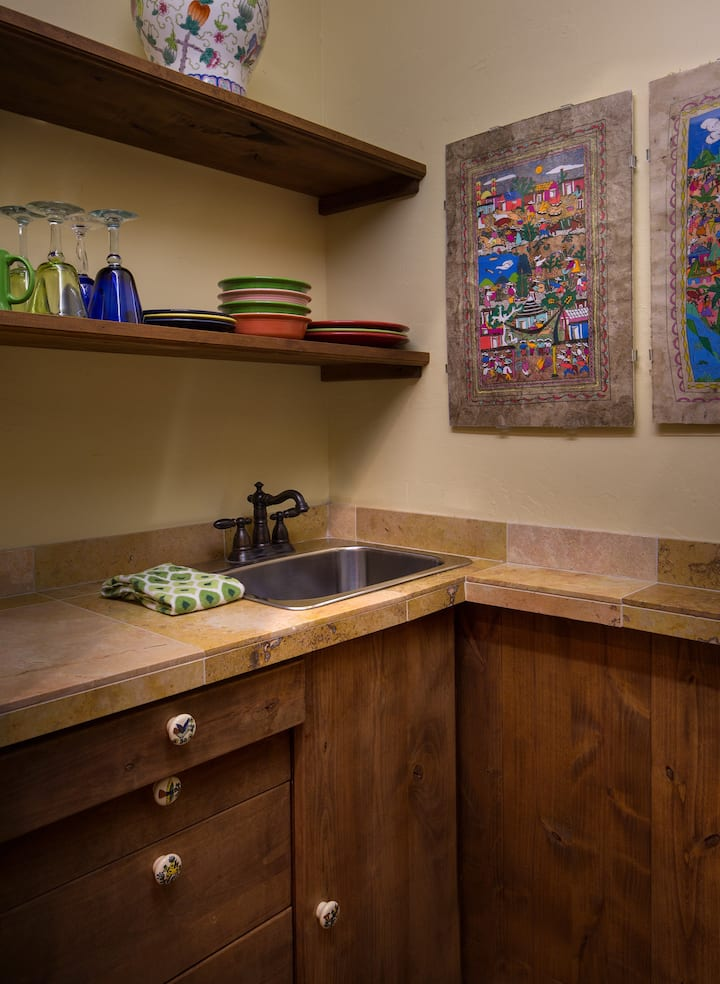Blue Lake Ranch's Mesa Verde Suite, Daily Breakfast, No Deposit, No Cleaning Fees!