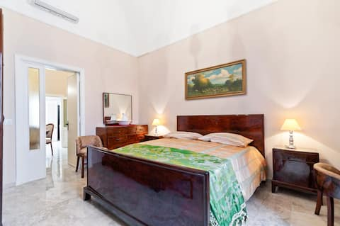 Terrace Apartment 20 minutes from Lecce