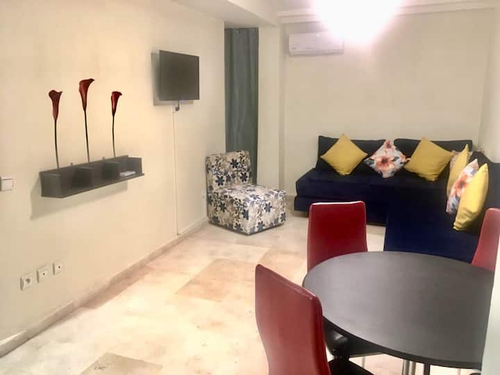 Chic flat in center of the red City AC/wifi/iptv/P
