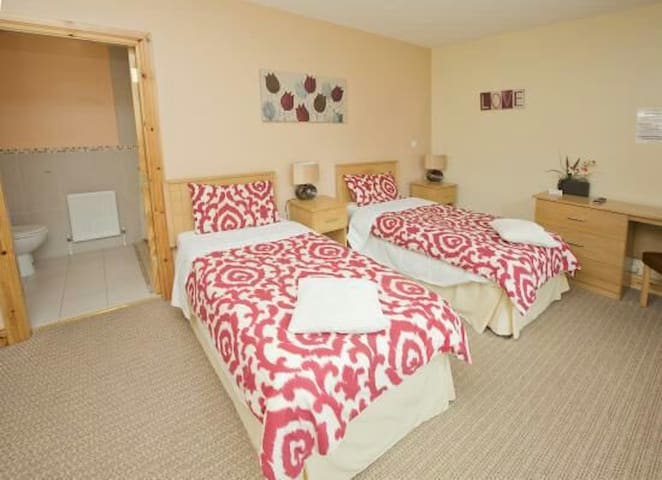 Groarty Manor Bed and Breakfast - Londonderry - Bed & Breakfast
