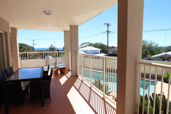 Forresters Beach, Family Friendly with Pool & View