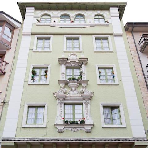 PERSU4 - Valdés - 公寓