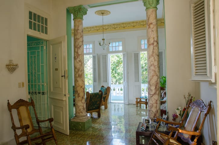 Carlos III PALACE Room 1