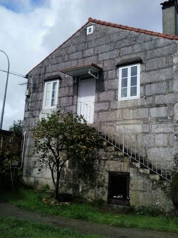 galicia-portugal - Salvaterra de Miño - Hus