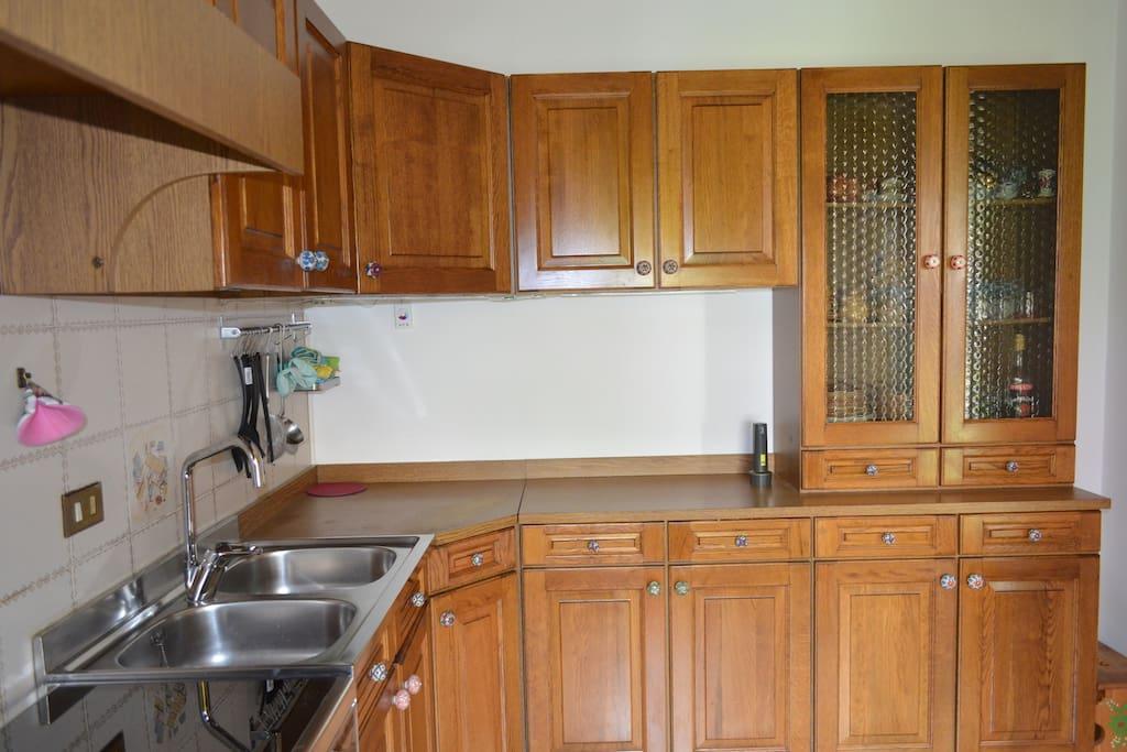 Camera con bagno in comune cucina e soggiorno h user zur - Bagno in comune ...