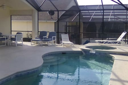 SUPER 4 Bed Pool Villa With Games Room Near Disney - Haines City - House
