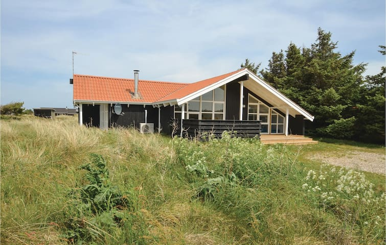 Holiday cottage with 5 bedrooms on 150m² in Thisted
