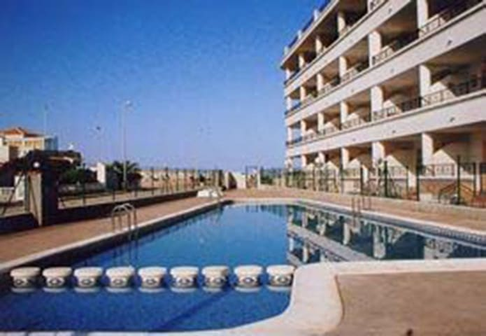 167.Wheel Accessible Apartment, Playa Flamenca, Spain - 2 Bed - Sleeps 4 - Playa Flamenca