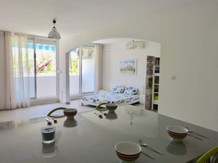 Cosy and spacy  studio very close to the beach -