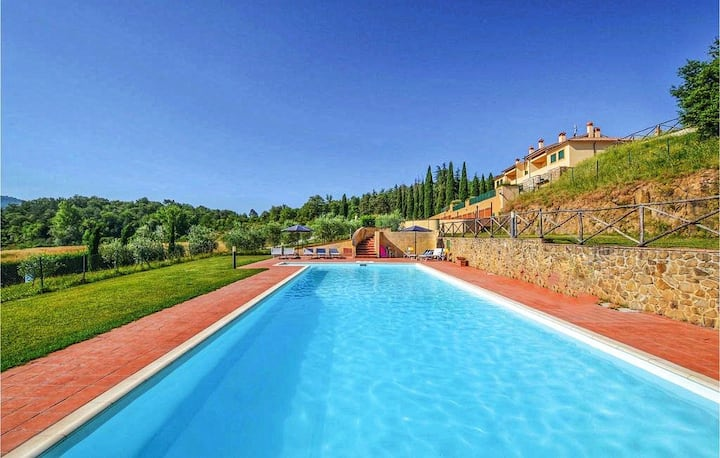 Home in Chianti, Tuscany with Pool and Gardens