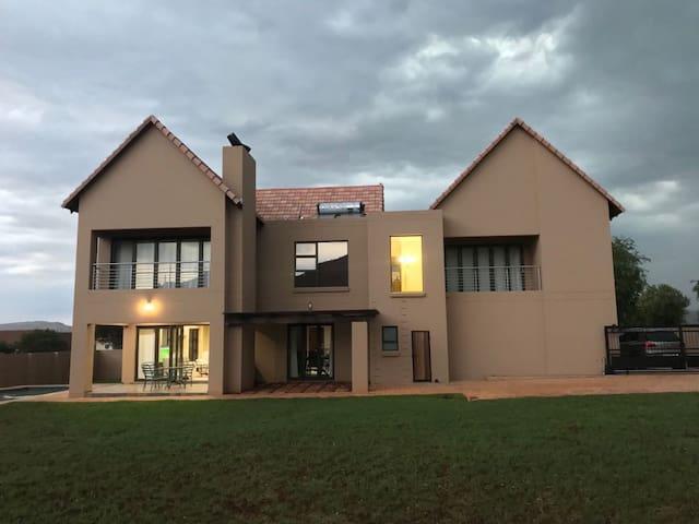Rugari Villa