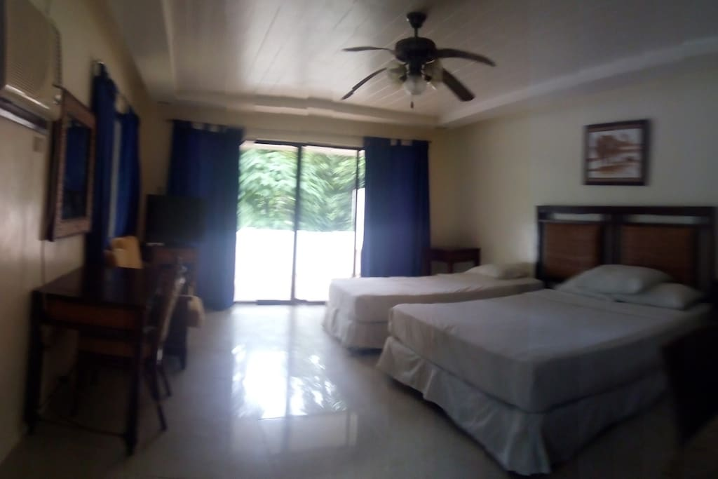 Main room with 1 double and single bed