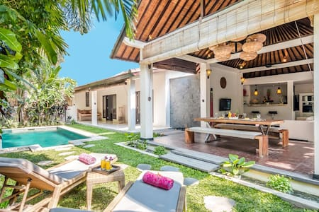 2 Bedroom villa PERFECTLY located in Petitenget. - North Kuta - Casa de camp