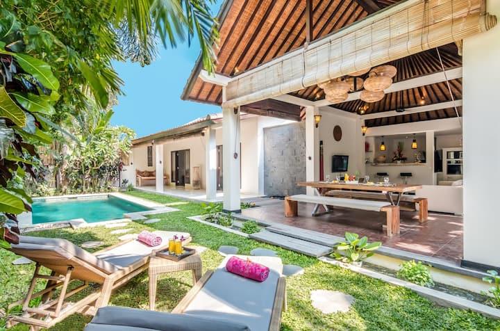 2 Bedroom villa PERFECTLY located in Petitenget.