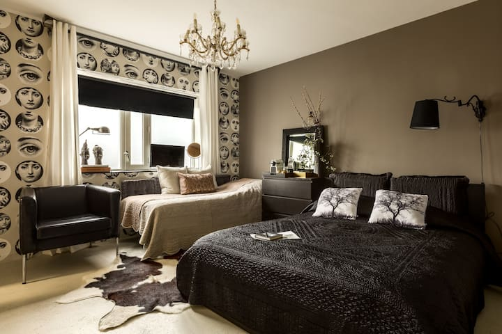 Loft B&B near Amsterdam and beach - Beverwijk - House