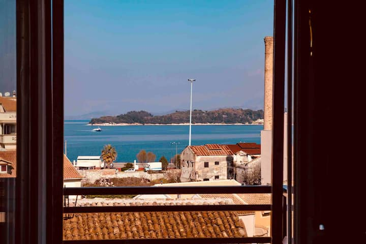 Fay's Sea View - Corfu Town