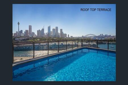 BEST LOCATION ROOFTOP POOL SYDNEY HARBOUR VIEWS! - Appartamento