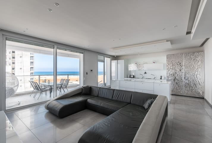 Luxury Residential Apartment By The Sea - Netanya - Apartment