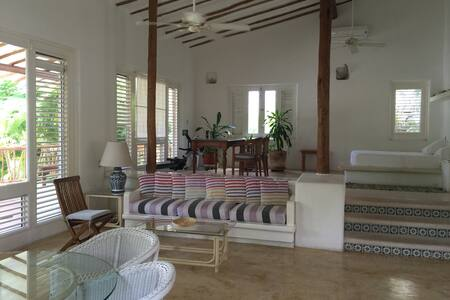 Charming Loft steps to the beach!!! - Playa del Carmen - Apartment