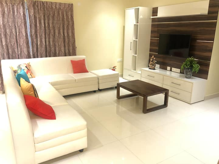 Ivory Suites Home  : Super-clean, comfort stay R1