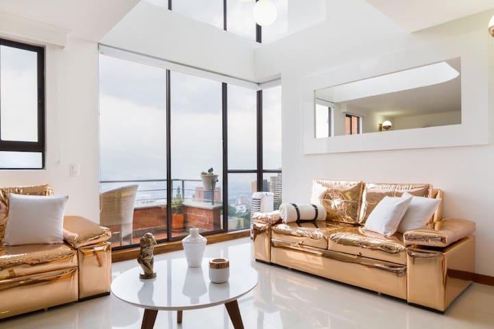 Moderno apartamento en Poblado