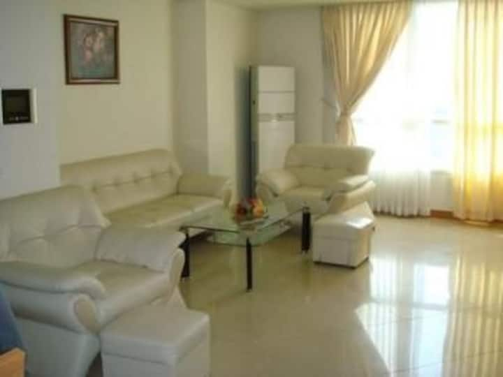 Nha Quynh Stylish Villa 2 Bed in Bien Hoa