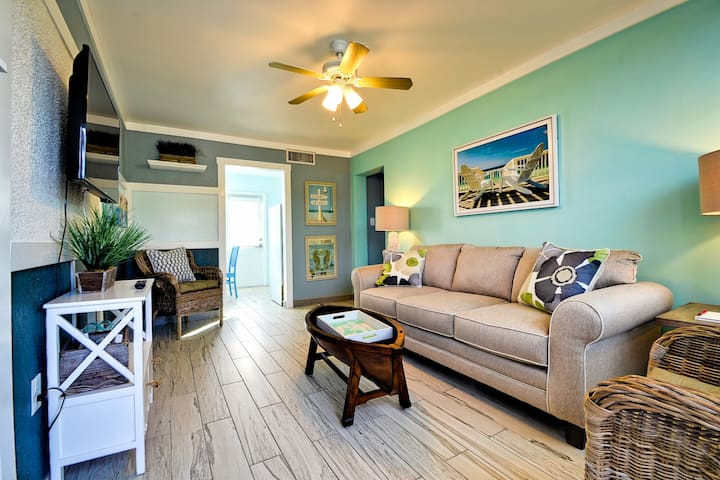 Renovated Beach Condo