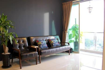 My Blue Home 1+1 BR @Mount Austin - Johor Bahru