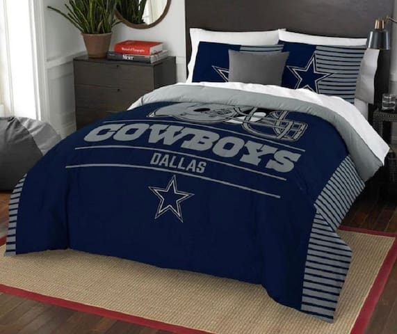Cowboys Bed and Bath