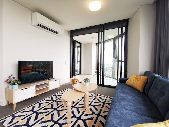 Spacious 2bedroom apt with spectacular view
