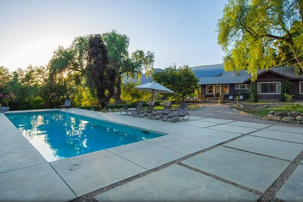 Stunning ojai bungalow with pool on east end houses for rent in ojai california united states for Bungalow on rent in khandala with swimming pool