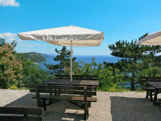 Camping Village Mare Pineta (BAI103)