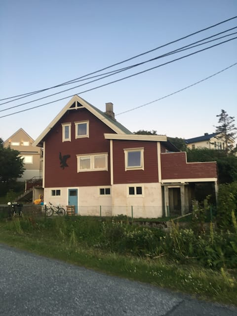 House by the bay in Arctic Island Paradise Træna