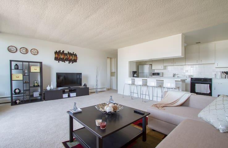 Santa Monica adj!Luxury Loft , Amazing View !! - Los Angeles - Apartment