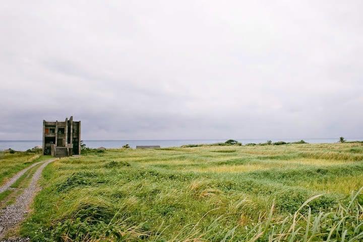 流浪者的靈魂居所,感受東海岸的壯闊奔放-緩慢;尋路 石梯灣118(漂浪房)